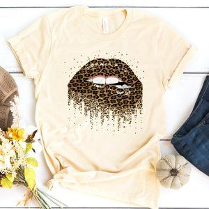 🔥 Leopard Print Biting Lips Graphic t shirt NEW